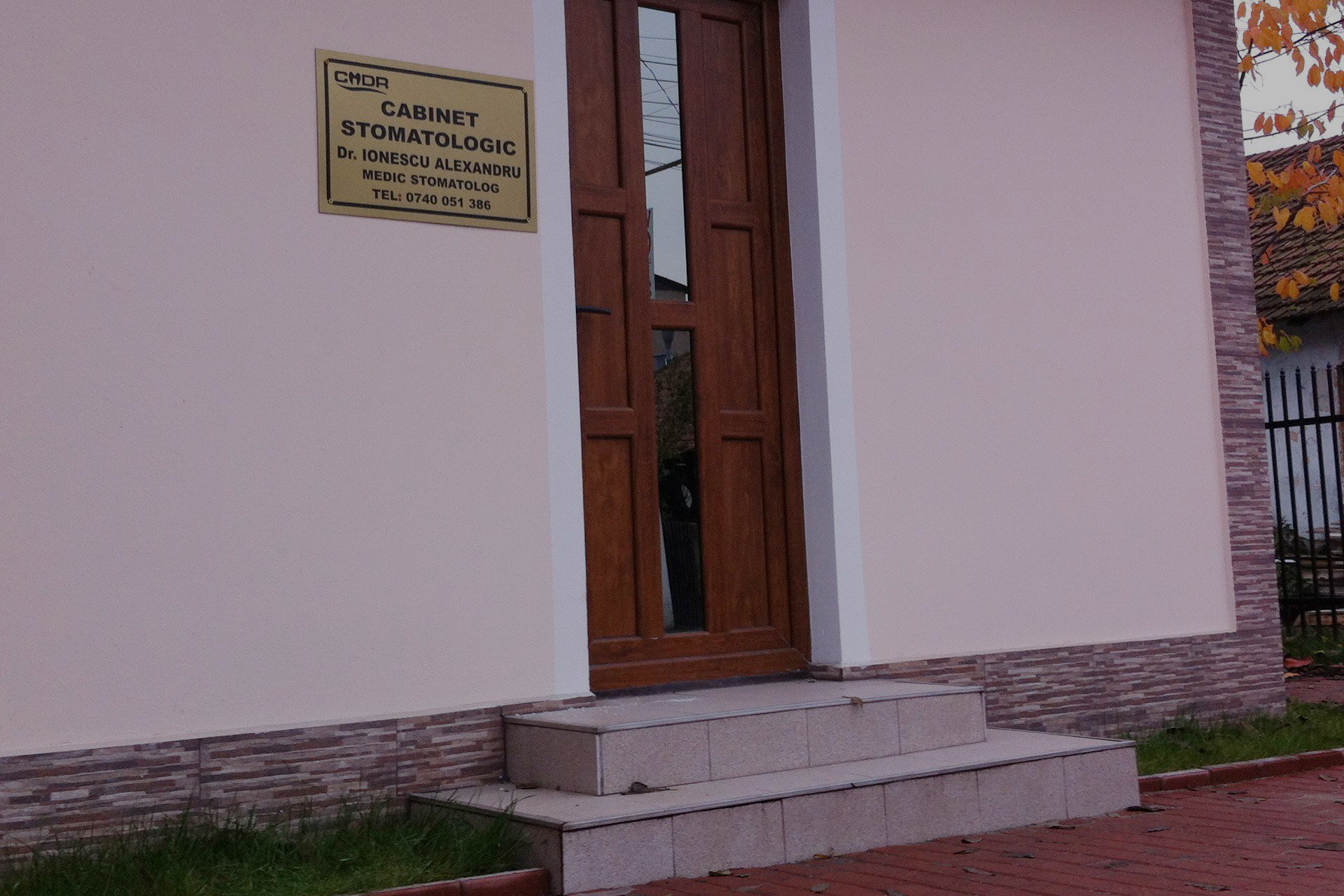 Deschis in weekend Cabinet Stomatologic Targu-Jiu, Dr. Ionescu Alexandru